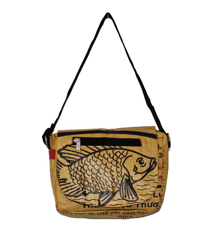 0044 Fish Small Shoulder Bag Egg Yolk 1